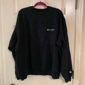 Men's black Champion crew neck sweatshirt size XL